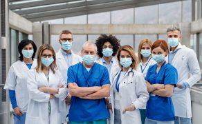 opm-praca-lekarzy-w-czasie-epidemii-sars-cov-2