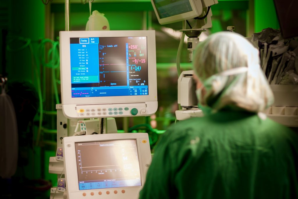 opm-monitorowanie-hemodynamiczne-w-kardiochirurgii-anestezjologii