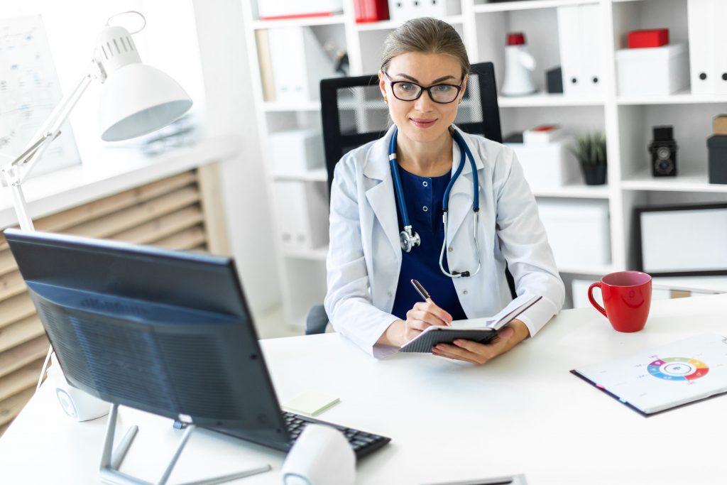opm-dlaszpitali-refundacja-apteczna-szczepieni