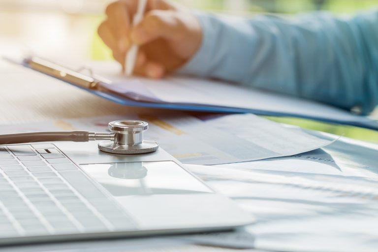 opm-dlaszpitali-powstaly-rekomendacje-skutecznego-wdrazania-medycyny-personalizowanej