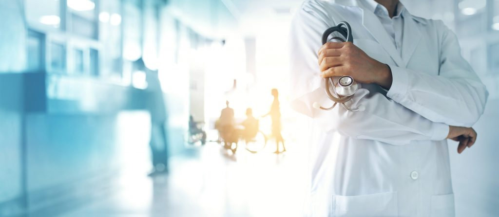 opm-dlaszpitali-lekarze-nie-chca-pracowac-w-polsce